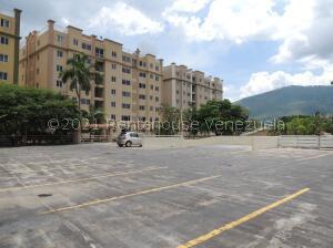 Apartamento En Ventaen Municipio Naguanagua, La Campina I, Venezuela, VE RAH: 22-8249