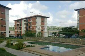 Apartamento En Ventaen Charallave, Mata Linda, Venezuela, VE RAH: 22-7317