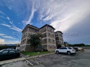 Apartamento En Ventaen Cabudare, Centro, Venezuela, VE RAH: 22-7243