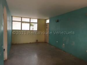 Apartamento En Alquileren Coro, La Velita, Venezuela, VE RAH: 22-7259