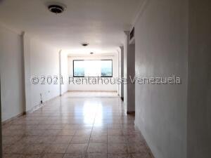 Apartamento En Ventaen Coro, Centro, Venezuela, VE RAH: 22-7625