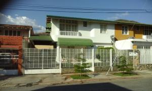 Casa En Ventaen Turmero, Valle Fresco, Venezuela, VE RAH: 22-7270