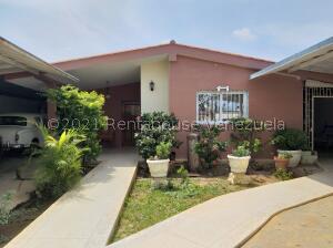 Casa En Ventaen Punto Fijo, Casacoima, Venezuela, VE RAH: 22-7283