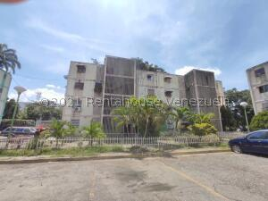 Apartamento En Ventaen Palo Negro, Los Naranjos, Venezuela, VE RAH: 22-7298