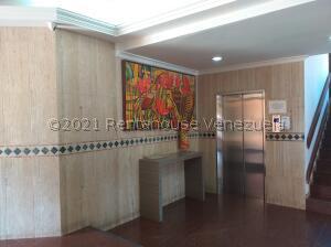 Apartamento En Ventaen Maracaibo, Avenida Bella Vista, Venezuela, VE RAH: 22-7300