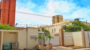 Townhouse En Ventaen Maracaibo, Valle Frio, Venezuela, VE RAH: 22-7309