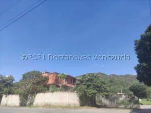 Terreno En Ventaen Municipio Naguanagua, Ciudad Jardin Manongo, Venezuela, VE RAH: 22-7331