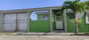 Casa En Ventaen Guacara, Villa Alianza, Venezuela, VE RAH: 22-7341