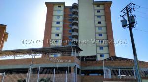 Apartamento En Alquileren Caracas, Miravila, Venezuela, VE RAH: 22-7347