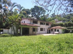 Casa En Ventaen Caracas, Los Guayabitos, Venezuela, VE RAH: 22-7358