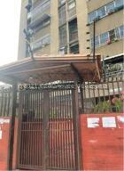 Apartamento En Ventaen Caracas, El Paraiso, Venezuela, VE RAH: 22-7180