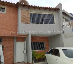 Townhouse En Ventaen Turmero, San Pablo, Venezuela, VE RAH: 22-7398