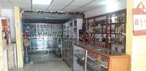 Local Comercial En Ventaen Ciudad Ojeda, Avenida Bolivar, Venezuela, VE RAH: 22-7424