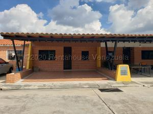 Casa En Ventaen Municipio San Diego, El Remanso, Venezuela, VE RAH: 22-7422