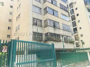 Apartamento En Ventaen Caracas, Colinas De Bello Monte, Venezuela, VE RAH: 22-7467