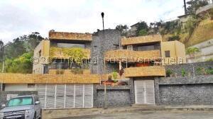Casa En Ventaen Caracas, Los Naranjos Del Cafetal, Venezuela, VE RAH: 22-7443