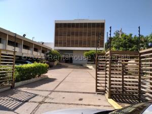 Local Comercial En Alquileren Maracaibo, Avenida El Milagro, Venezuela, VE RAH: 22-7499