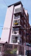 Apartamento En Ventaen Caracas, Los Chaguaramos, Venezuela, VE RAH: 22-7520