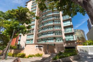 Apartamento En Ventaen Caracas, El Rosal, Venezuela, VE RAH: 22-7523
