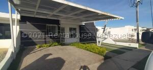 Casa En Ventaen Cabudare, Parroquia José Gregorio, Venezuela, VE RAH: 22-7491