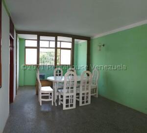 Apartamento En Ventaen Coro, La Velita, Venezuela, VE RAH: 22-7516