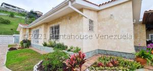 Casa En Ventaen Caracas, Macaracuay, Venezuela, VE RAH: 22-7519