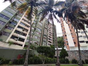 Apartamento En Ventaen Valencia, Las Chimeneas, Venezuela, VE RAH: 22-7539