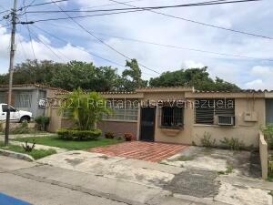 Casa En Ventaen Barquisimeto, Bararida, Venezuela, VE RAH: 22-7554
