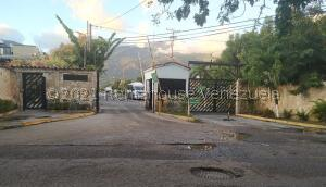 Casa En Ventaen Guatire, El Ingenio, Venezuela, VE RAH: 22-7634