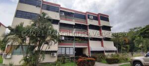 Apartamento En Ventaen Turmero, Campo Alegre, Venezuela, VE RAH: 22-7640