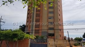 Apartamento En Alquileren Maracaibo, Tierra Negra, Venezuela, VE RAH: 22-7650