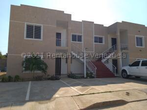 Apartamento En Ventaen Cabimas, Zulia, Venezuela, VE RAH: 22-7671