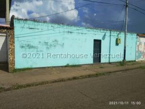 Casa En Ventaen Calabozo, Casco Central, Venezuela, VE RAH: 22-7782