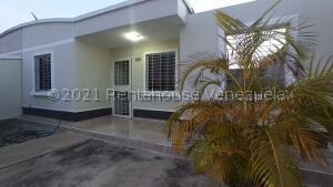 Casa En Ventaen Barquisimeto, Roca Del Norte, Venezuela, VE RAH: 22-7677
