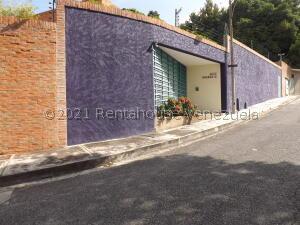 Casa En Ventaen Caracas, Terrazas Del Club Hipico, Venezuela, VE RAH: 22-7700