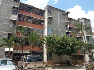 Apartamento En Ventaen Guatire, Parque Alto, Venezuela, VE RAH: 22-7697