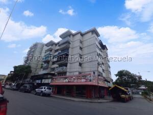 Apartamento En Ventaen Maracay, Bermudez, Venezuela, VE RAH: 22-7737