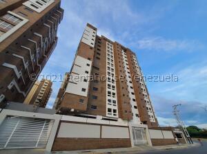 Apartamento En Ventaen Maracay, Base Aragua, Venezuela, VE RAH: 22-7729