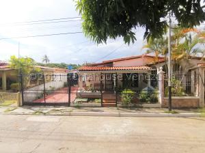 Casa En Ventaen Cabudare, Valle Hondo, Venezuela, VE RAH: 22-7774