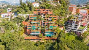 Apartamento En Alquileren Caracas, El Peñon, Venezuela, VE RAH: 22-7801
