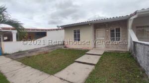 Casa En Ventaen Araure, Llano Alto, Venezuela, VE RAH: 22-7808