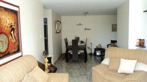 Apartamento En Ventaen Barquisimeto, Las Trinitarias, Venezuela, VE RAH: 22-7838