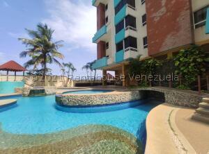 Apartamento En Ventaen Higuerote, Puerto Encantado, Venezuela, VE RAH: 22-7849