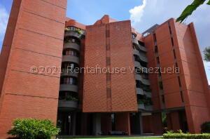 Apartamento En Alquileren Caracas, Colinas De Valle Arriba, Venezuela, VE RAH: 22-7977