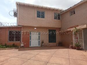 Casa En Ventaen Maracaibo, Tierra Negra, Venezuela, VE RAH: 22-7875