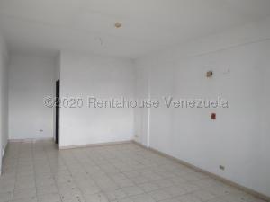 Oficina En Alquileren Municipio San Diego, Parque Industrial Castillito, Venezuela, VE RAH: 22-7891