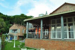 Casa En Ventaen Caracas, Alto Hatillo, Venezuela, VE RAH: 22-8190