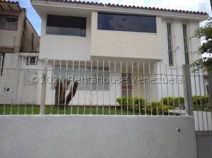 Casa En Ventaen Valencia, Trigal Norte, Venezuela, VE RAH: 22-7914