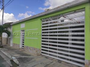 Casa En Ventaen Cagua, El Bosque, Venezuela, VE RAH: 22-7915