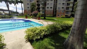 Apartamento En Alquileren Barquisimeto, Parroquia Concepcion, Venezuela, VE RAH: 22-7918